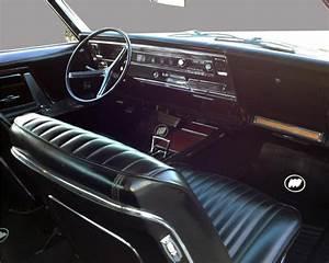 1967 BUICK RIVIERA GS 2 DOOR HARDTOP - 132841