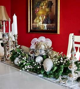 Beautiful, Christmas, Centerpiece, With, Adorable, Red, And, White, U2013, Homesfeed