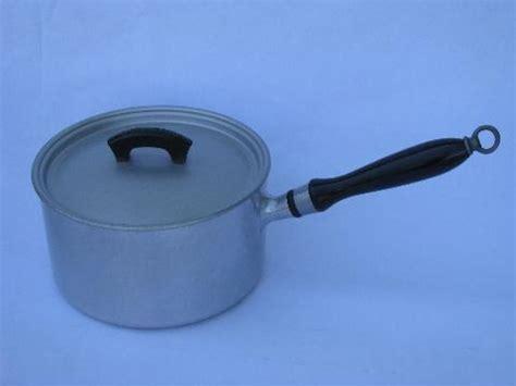 deco vintage wearever aluminum cookware sauce pans wlids