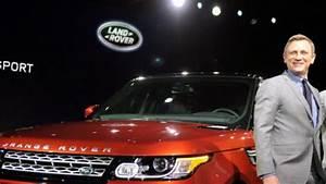 Auto Show in New York: Daniel Craig stellt den Range Rover ...