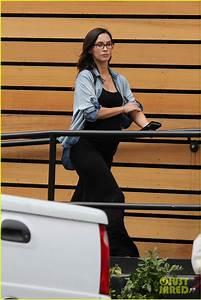 Pregnant Megan Fox Puts Her Baby Bump on Display: Photo ...