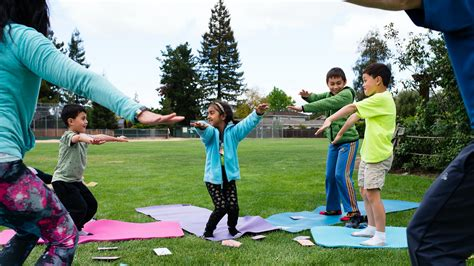 MOVE IT: a movement game for active family fun! by Play It ...