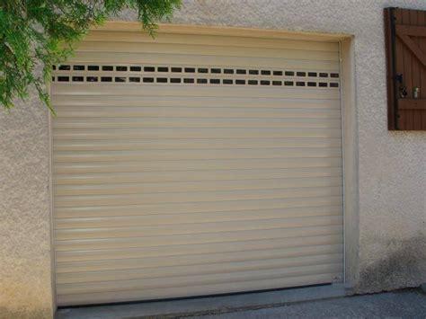pose de porte de garage aluminium 233 lectrique 224 enroulement menuiseries doumenc