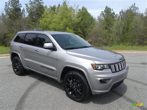 jeep grand cherokee limited 2017 silver billet silver metallic 2017 jeep grand cherokee laredo 4x4