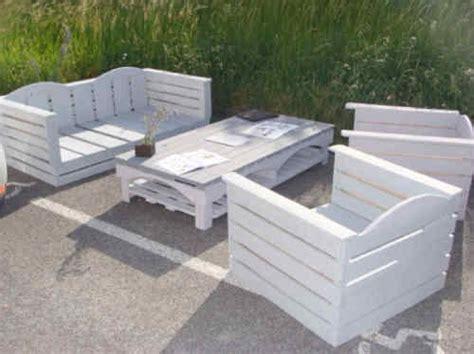 fabriquer un canapé en bois fabriquer un canape en palette maison design bahbe com