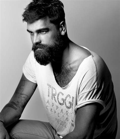 Style De Barbe Longue Coiffure Homme 2018 Avec Barbe