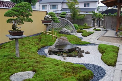 how to design a japanese garden in a small space small japanese garden design homescorner com