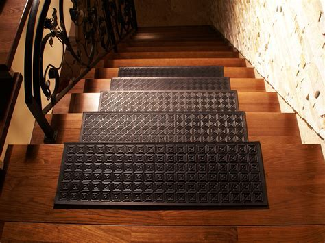 RUBBER GUM PAD TREAD CARPET MAT ANTI SLIP FLOOT STAIRCASE STEPS SAFETY STAIR eBay