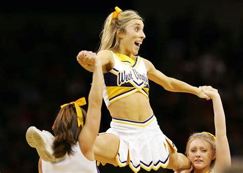 West Virginia Mountaineers Cheerleaders