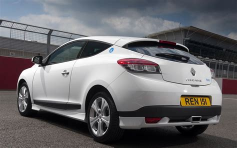 megane renault 2010 2010 renault megane iii coupe pictures information and
