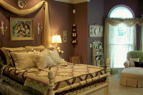 Creative Romantic Bedroom Colors For Master Bedrooms 25