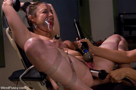 Sister Dee – Online Porn 24