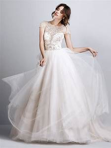 21 Exquisite Wedding Dresses with Cap Sleeves | weddingsonline