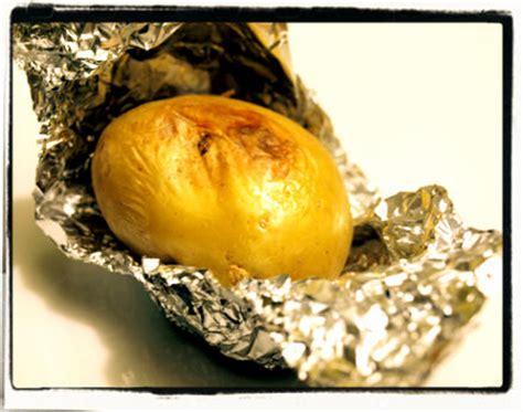 pomme de terre en robe de chambre au four pomme de terre robe de chambre four
