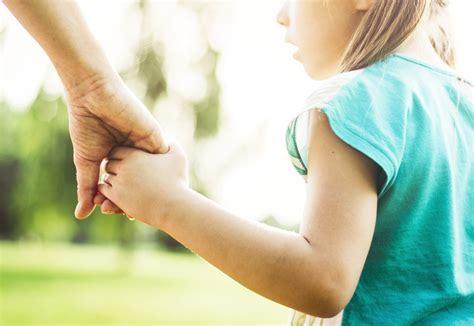 children can catch social bias through nonverbal signals