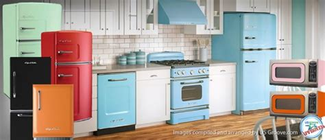 colored kitchen appliances big chill retro yet modern kitchen appliances us 6265
