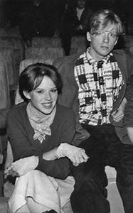 Molly ringwald, Icons and Film on Pinterest