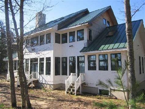 Grand Marais, Michigan 49839 Listing #19714 ? Green Homes