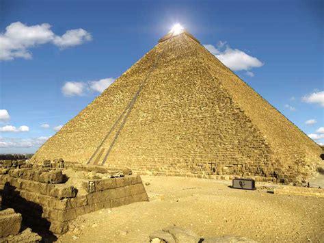 Interno Piramide Cheope Egitto Piramide Di Cheope Risultano Strane Anomalie Dall