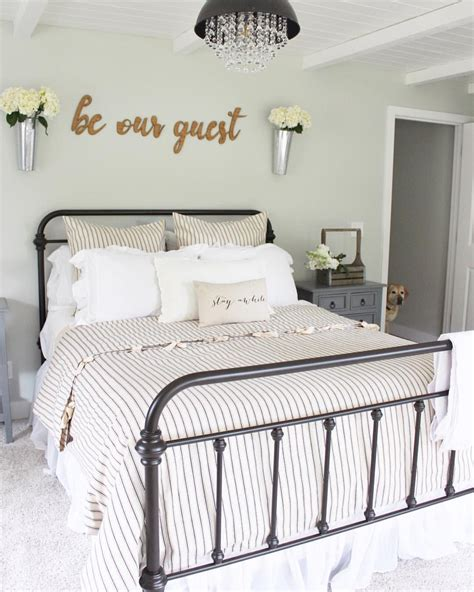 Guest Bedroom Bedding by Pin By Pretty Peachtree On Place Farmhouse Style Bedding