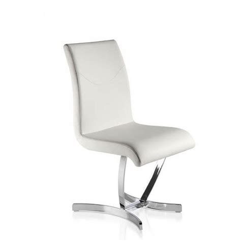 chaise de salle à manger design chaise blanche salle a manger le monde de léa