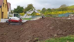 creation de terrasses sur un terrain en pente derriere une With terrassement d un terrain