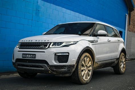 Land Rover Car : 2016 Range Rover Evoque Si4 Review