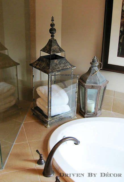 bathroom towel hanging ideas best 25 towel display ideas on bathroom towels decorative towels and bathroom