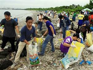 Environmental groups conduct cleanup drive on Freedom ...