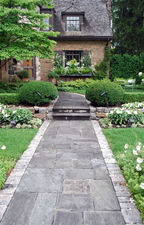 front entrance pathways if i still lived in new england i d totally do this in my front yard pretty paths and