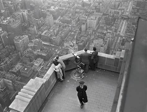 These Photos of the Empire State Building's Magnificent