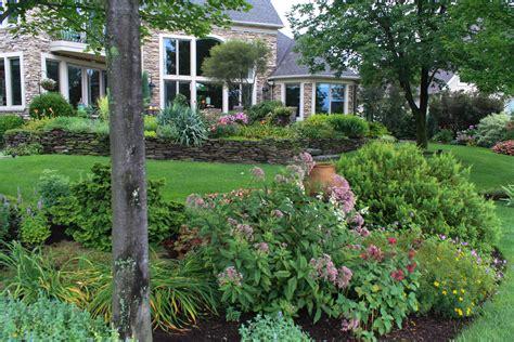 Backyard Tours by Backyard Garden Tour Green Thumb