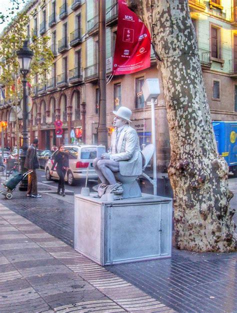 Las Ramblas by Gratis in Barcelona in 2020 | Cool places ...