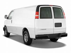Image  2011 Chevrolet Express Cargo Van Awd 1500 135