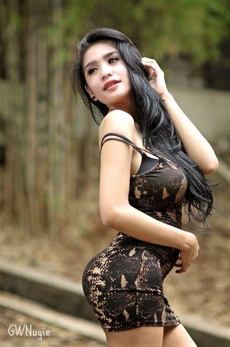 Hot Payudara Montok Gadis Cantik Malaysia Cafe Susu