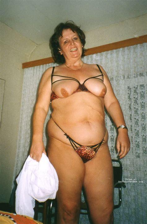 big fat woman nude fotos