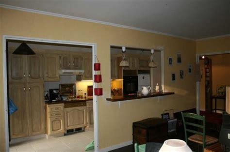 sur la cuisine ouverture de la cuisine sur salon