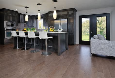 Matching Hardwood Floors with Your Kitchen Cabinets