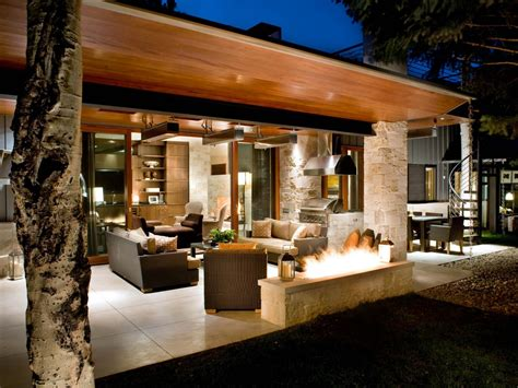 pool and outdoor kitchen designs outdoor kitchen lighting ideas pictures tips advice hgtv 7523