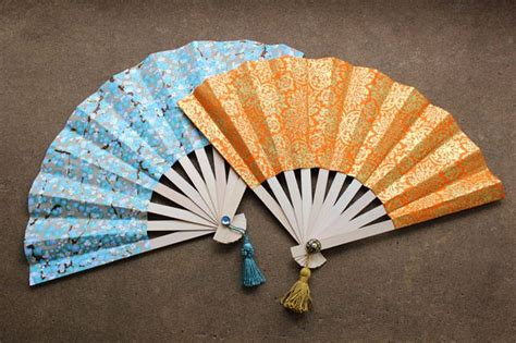how to make a chinese fan how to make japanese fans with pictures ehow