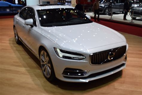 Volvo Cars Prices by Volvo Reveals Uk Pricing Specs For New S90 V90