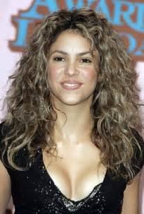 Shakira Hair Color
