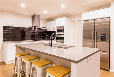 modern kitchen countertops and backsplash 28 modern white kitchen design ideas photos designing idea 9221