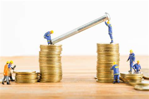 uk   economic focus  wrong  investment