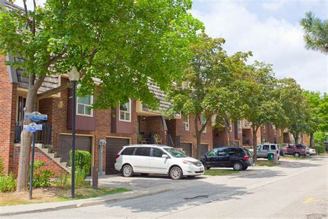 apartments  rent toronto willowood townhomes