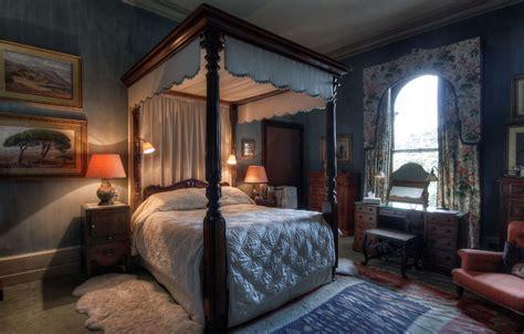minecraft bathroom ideas castle bedrooms eastnor castle herefordshire