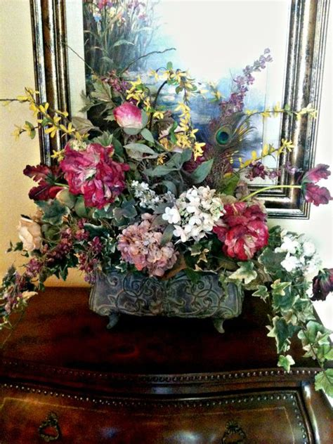 formal dining table centerpiece ideas decobizz com traditional floral arrangement formal dining table