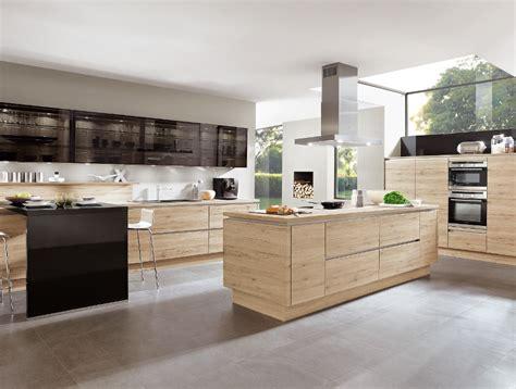 cuisine avec ilot central en bois