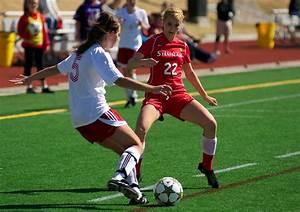 File:2012 SFU Womens Soccer (7918522670).jpg - Wikimedia ...
