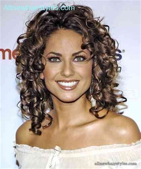 curly hair heart shaped face allnewhairstylescom